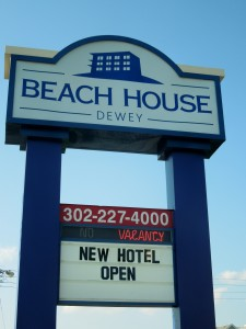 Amanda Ponko Was Kind Enough To Invite Me Check Out The Hotel So Here Is What I Found Beach House Dewey